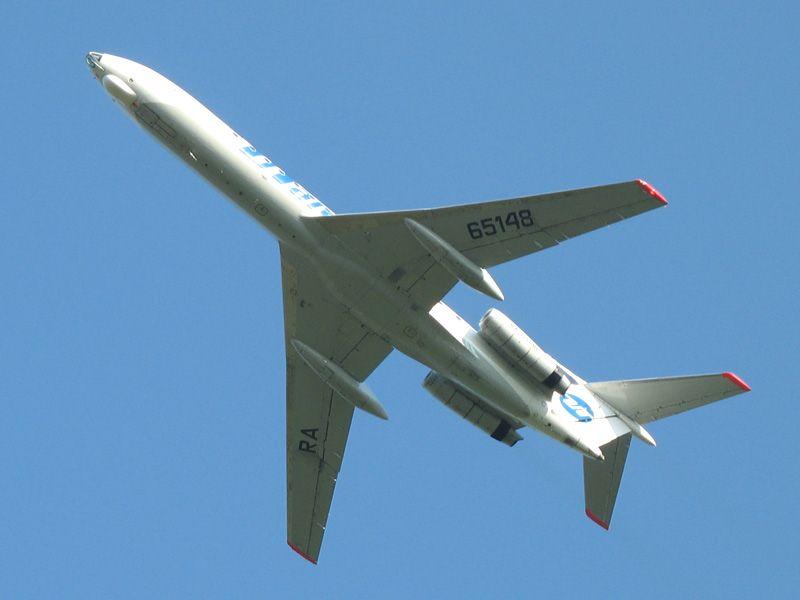 Tu-134 RA-65148 UTAir .jpg