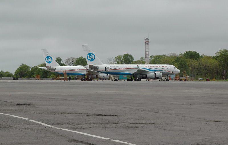 Tupolev-204-300-RA-64039.jpg