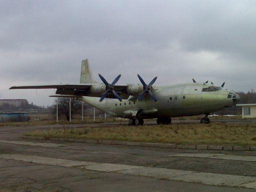 Ан-12-05.jpg