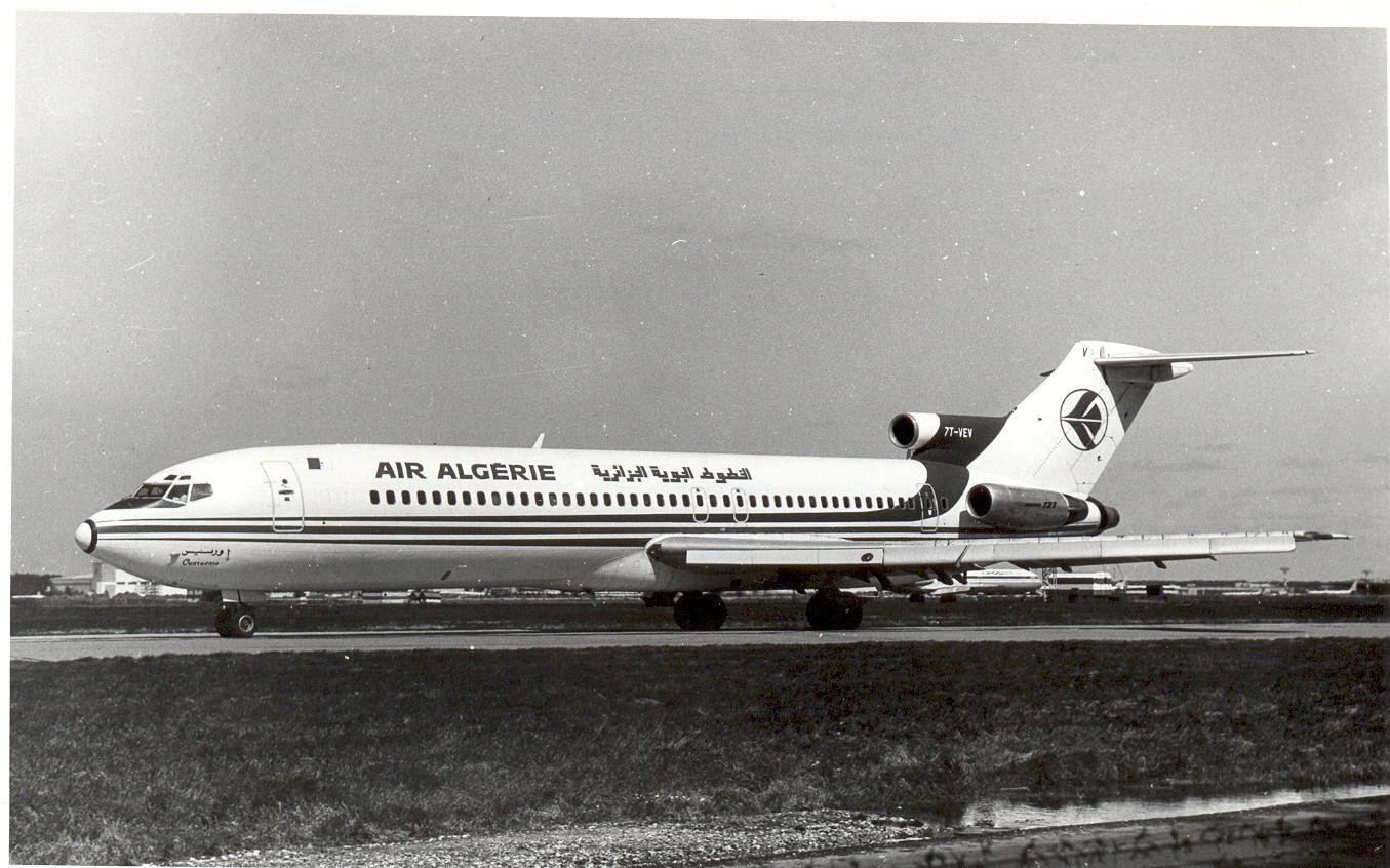 7T-VEV B727 Air Algerie (1990, SVO).jpg